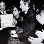 James Aragall receiving the gold medal of the Lyceum and the plate as the best tenor of the 1966-1967 season, Barcelona Radio award